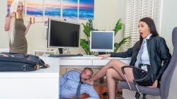 RealityKings – Turning Her Off And On Again – Stirling Cooper – Bella Rolland